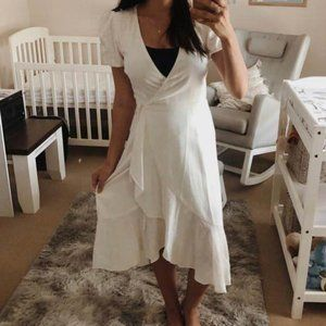 New- White linen wrap dress THE FATED Size 10